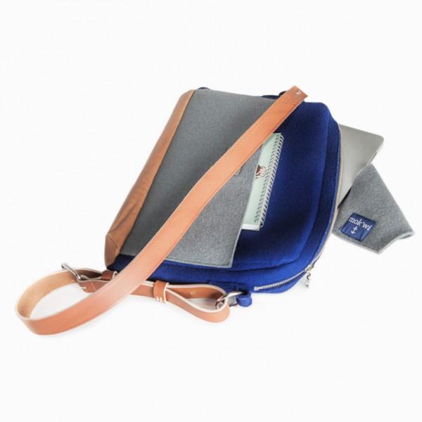 mok'wi Laptop-Tasche TJARK aus Wollfilz in Blau/Grau